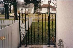 Gate (5)