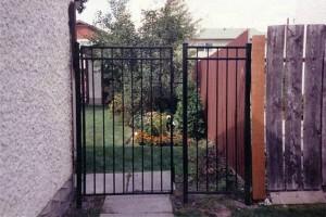 Gate (6)