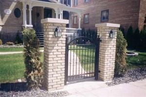 Gate (8)