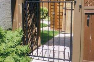 Gate (9)